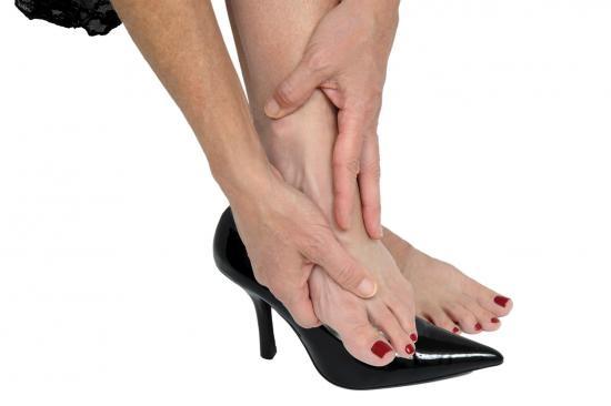 a lábujjak nedves talajokká válnak