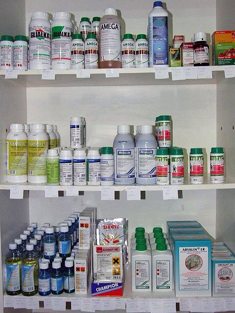 Rovarölő permet   Növényvédő-, növényápoló szerek   dombtetovendeghaz.hu